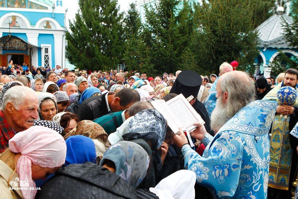 73O0882 Женский монастырь в Болградском районе отметил 90-летие (фото)