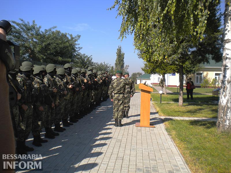 izmail-pograncy_v_ato-3 В зону АТО из Измаила отправились около полторы сотни добровольцев (ФОТО)