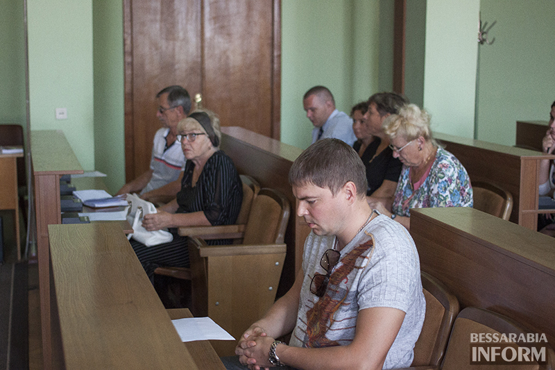 izmizbirkom-2014-3 Измаил: Члены окружкома приняли присягу (фото)