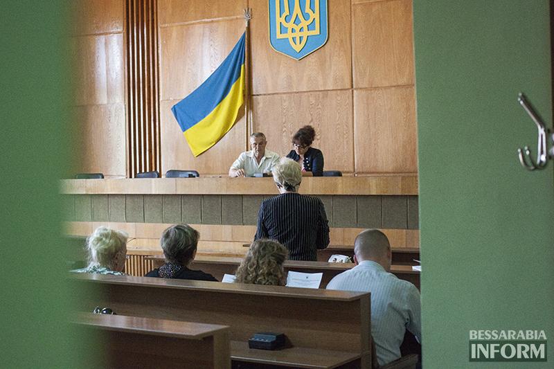 izmizbirkom-2014-4 Измаил: Члены окружкома приняли присягу (фото)