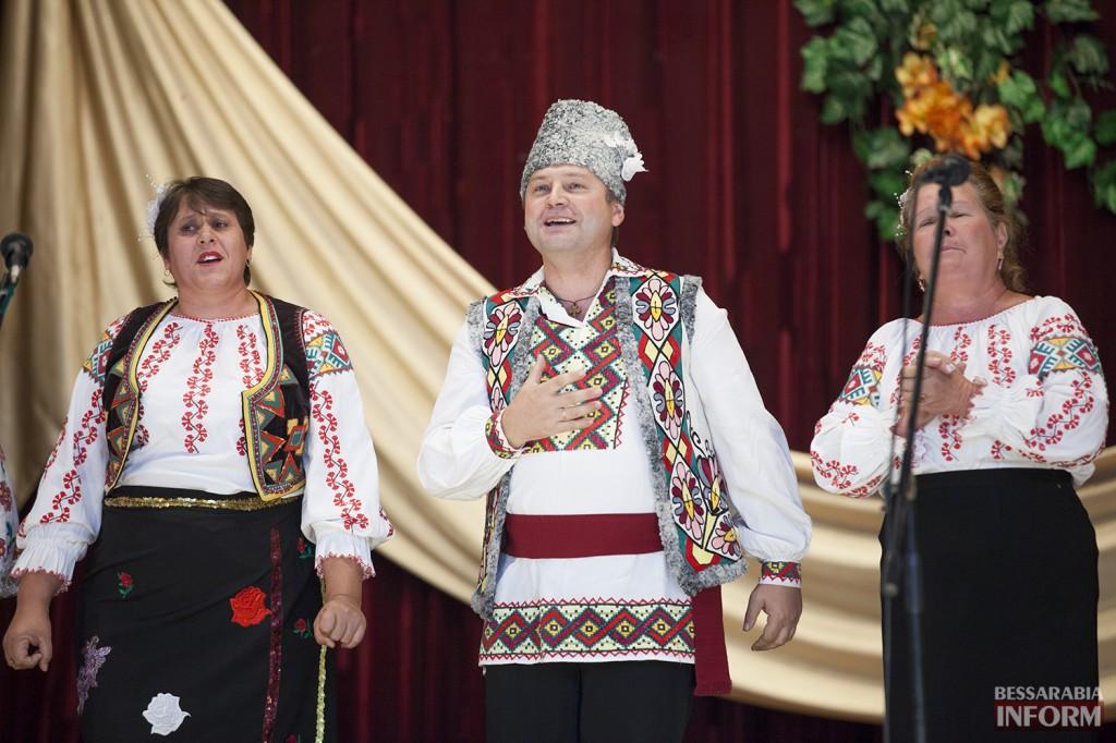 ДУБОВОЙ В РЕНИ СПЕЛ С ХОРОМ ВЕТЕРАНОВ (фото, видео)