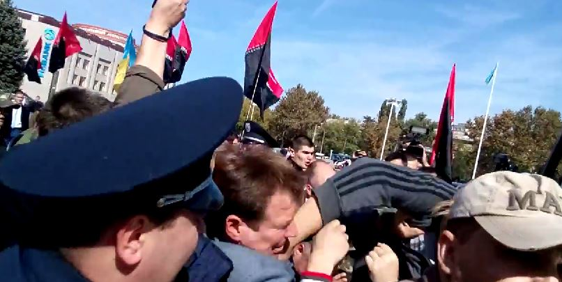 "В Одессе ""Правый Сектор"" жестоко избили Шуфрича (фото, видео)"