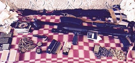 Скриншот-2014-10-18-16.44.25 Милиция задержала торговцев оружием и взрывчаткой в Одесской области (фото)