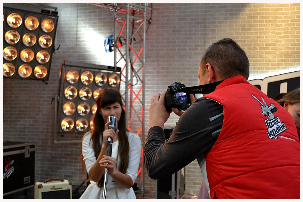 123-1024x682 Ренийская школьница выступила на шоу «Голос. Діти» (фото, видео)