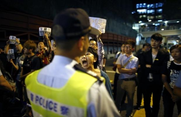 620_400_1413439285-4707-1 В Гонконге возобновилось противостояние полиции и активистов (фото)