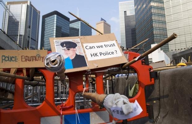 620_400_1413439303-8840 В Гонконге возобновилось противостояние полиции и активистов (фото)