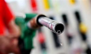 ef83c780da832ef8df11187379a7469f-300x181 В Украине резко дешевеет бензин