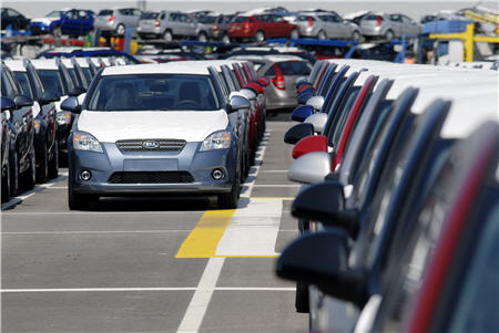 kia_plant_01 Рынок легковых авто в Украине сократился на 52%