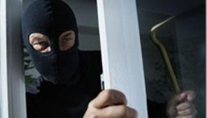 Б.-Днестровский район: Мужчина взломал окно ради фотоаппарата