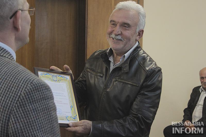 pozdrav-avtomobilista-izmail-4 Измаил: власти города поздравили маршрутчиков (фото)