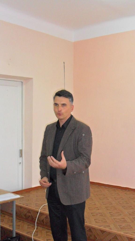 111SAM_4508-576x1024 В ИГГУ прошел районный этап олимпиады по украинскому языку