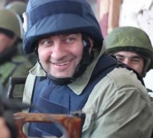 384568620-300x270 Известный артист Пореченков стрелял в Украину, а попал – в себя