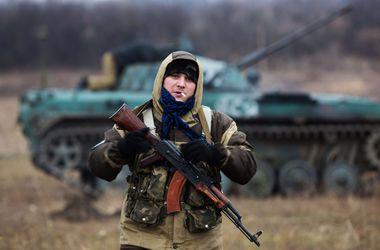 65_main В Украину вошла колонна танков из РФ