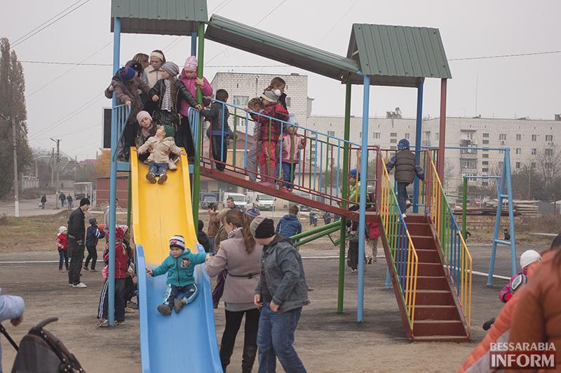 IMG_1223-копия В Измаиле открыта еще одна детская площадка (ФОТО)