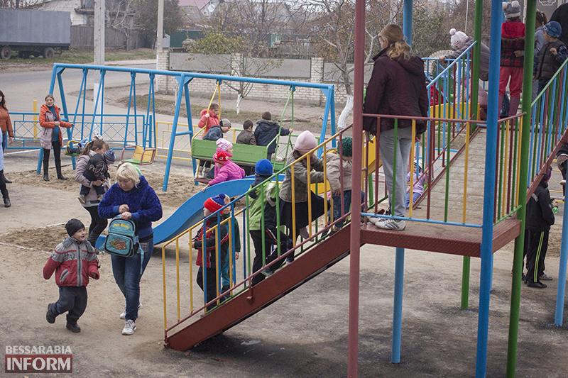 IMG_1238-копия В Измаиле открыта еще одна детская площадка (ФОТО)