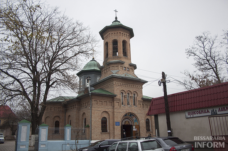 agafangel-v-izmaile-liturgiya-10 В Измаиле проходит литургия с участием Агафангела (ФОТО)