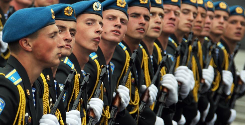Измаильский военкомат в ожидании призывников (список призывников)