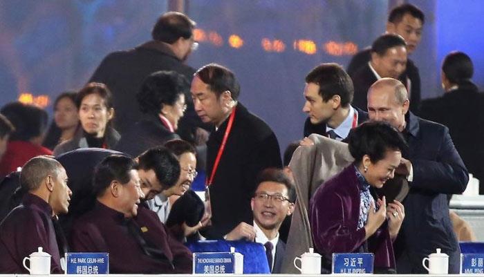 putin-love-china Путин в Китае нарушил деловой этикет (ФОТО, видео)