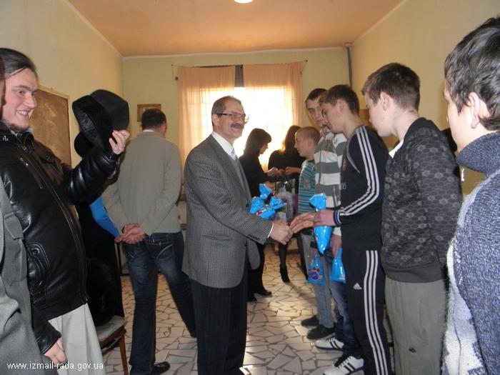 Измаил: В День Николая зам мэра с подарками побывал в СИЗО