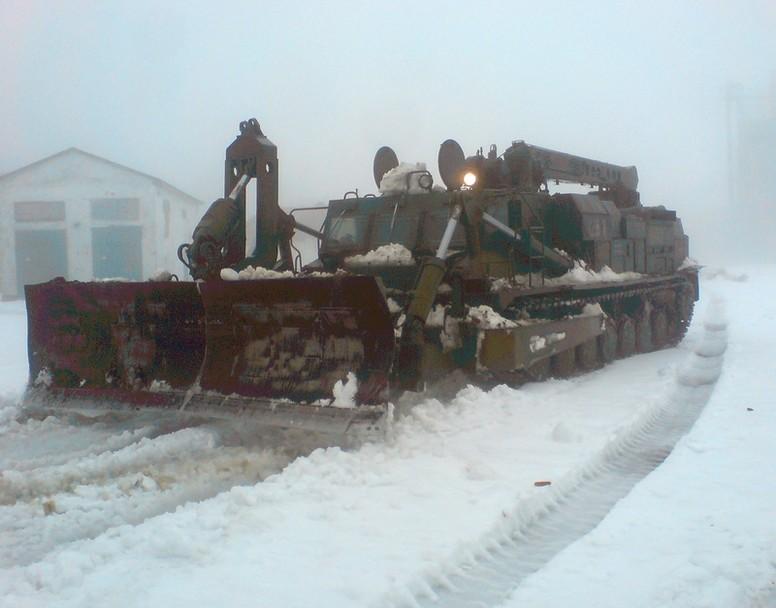 25526_main Военные продолжают расчищать дороги в Одесской области (фото)