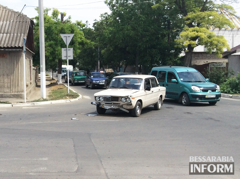 IMG_1561 Самая аварийная улица в Измаиле: кто виноват и что делать? (фото,видео)
