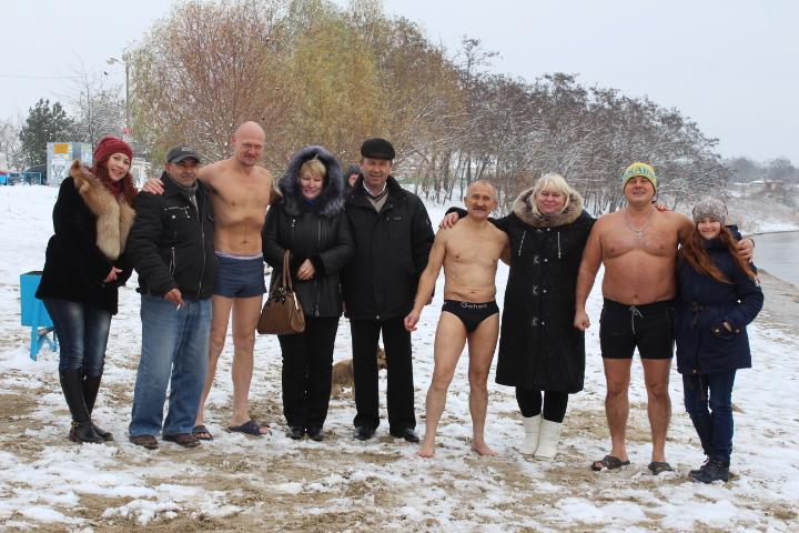 IMG_2364 Мороз и снег, а моржам Измаила тепло (фото)