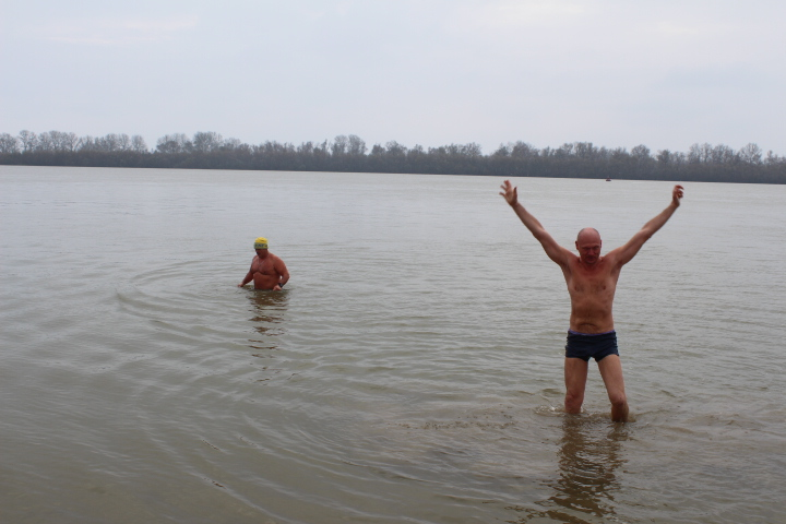 IMG_2388 Мороз и снег, а моржам Измаила тепло (фото)