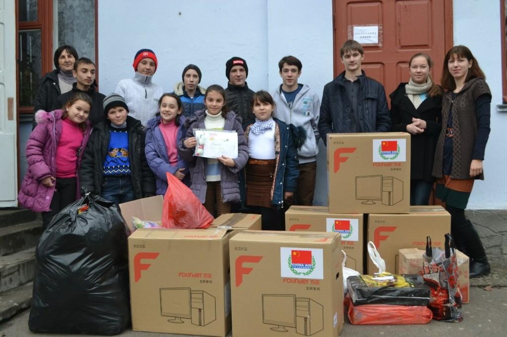 RLzv6fndFC4-1024x682 В Килие помощь для военных в зоне АТО собирали все (фото)