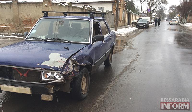 dtp-na-b-dnestrovskoi-izmail-4 ДТП в Измаиле: Белгород-Днестровскую не поделили Fiat и Camry (ФОТО)