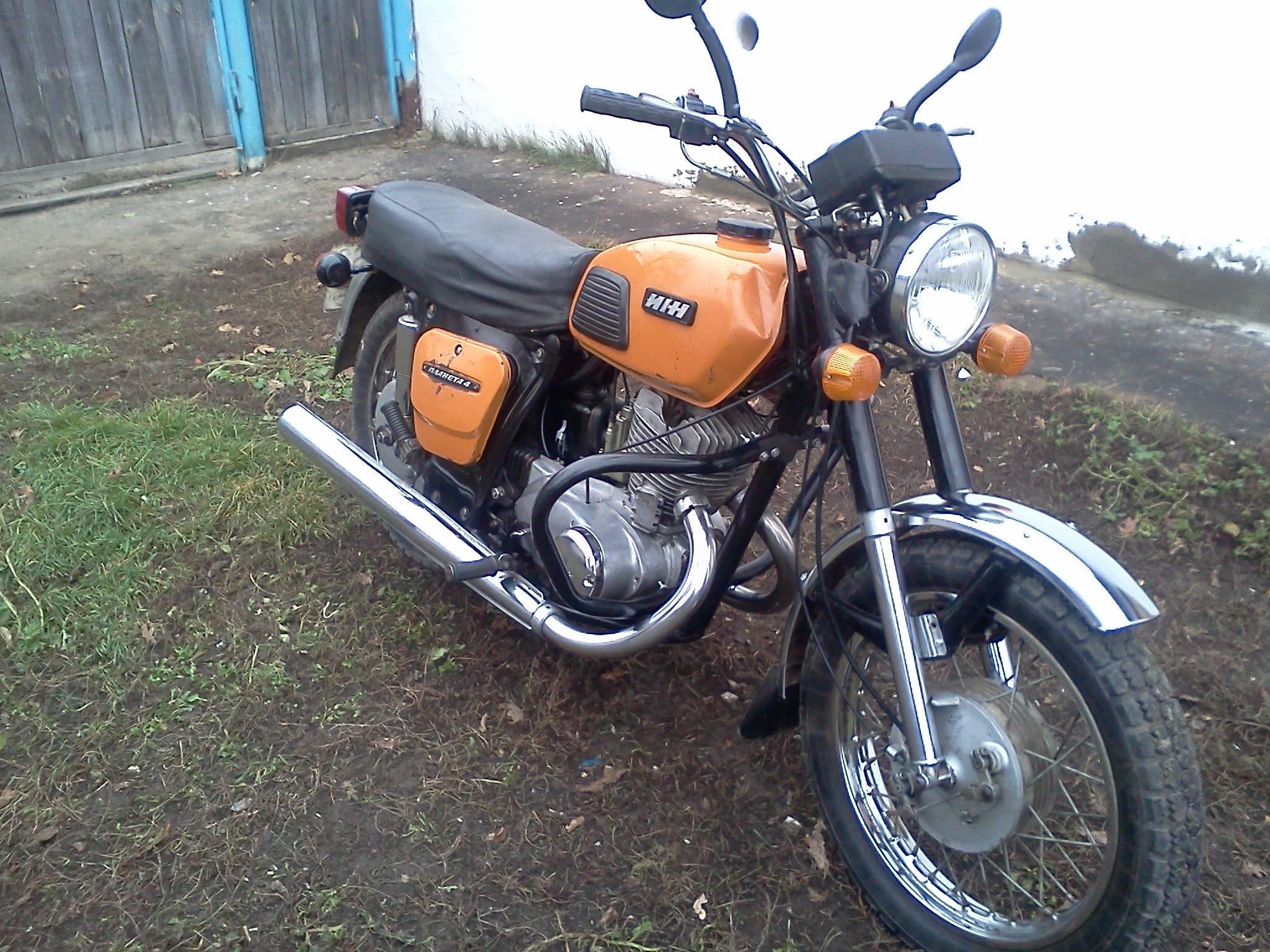 Житель Кислиц сходил в бар и остался без мотоцикла