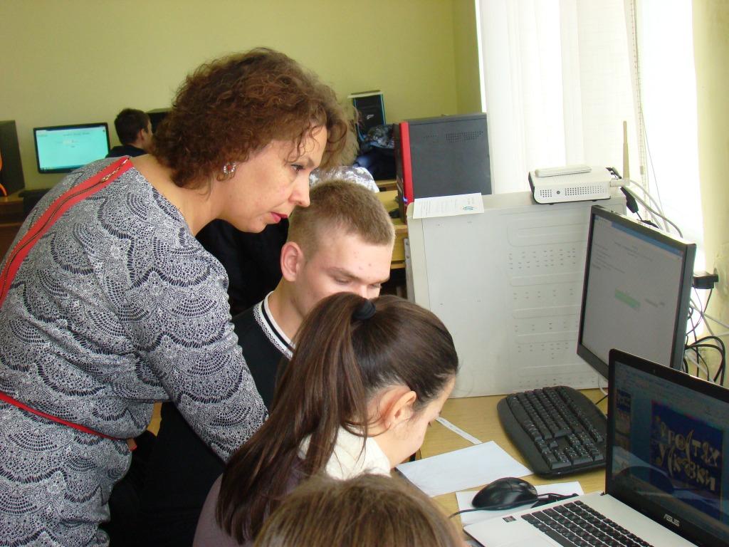 olympiada-v-iggu-5 Для старшеклассников ИГГУ провел олимпиаду (фото)