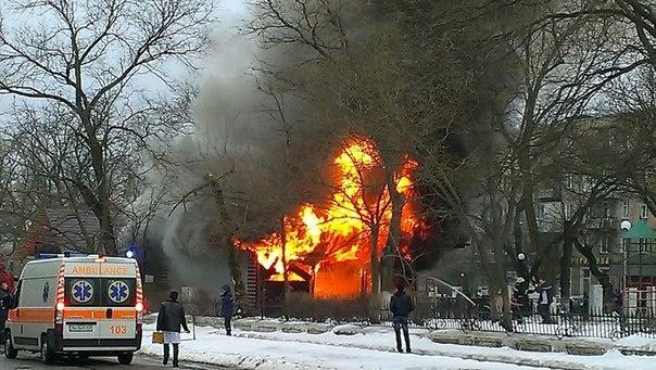 24036741 Измаил: в центре города произошел взрыв в кафе, подозревают газ  (фото, видео)