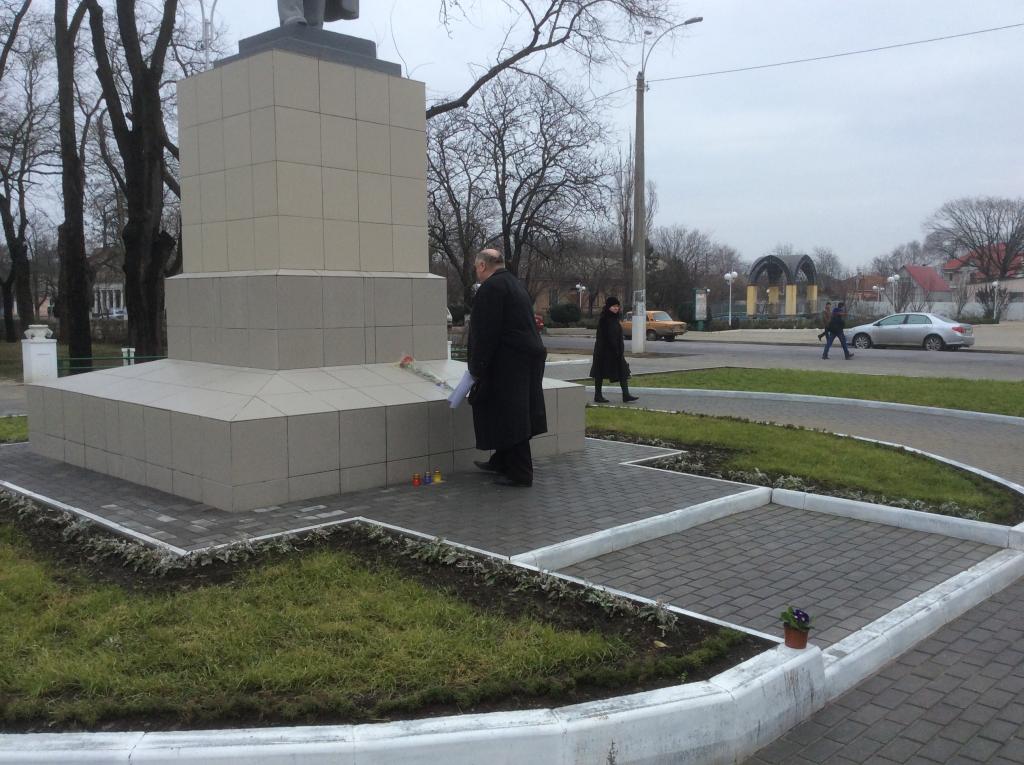 В Измаиле почтили память павших под Крутами (фото)