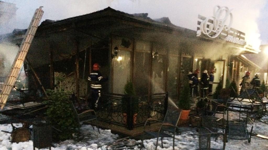 IMG_9297-1024x574 Измаил: в центре города произошел взрыв в кафе, подозревают газ  (фото, видео)