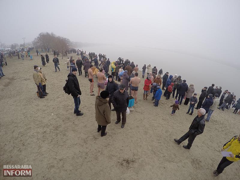 Измаильчане и холодные воды Дуная (фоторепортаж +видео)