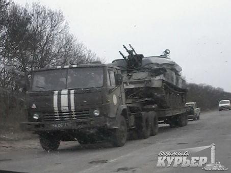 В Затоку направляется военная техника (фото)