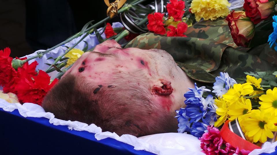10672385_921425151231445_1370622159187834041_n Одесса на коленях прощалась с погибшими на Донбассе бойцами