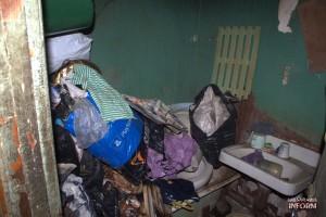 В Измаиле горела квартира женщины с синдромом Плюшкина (фото)