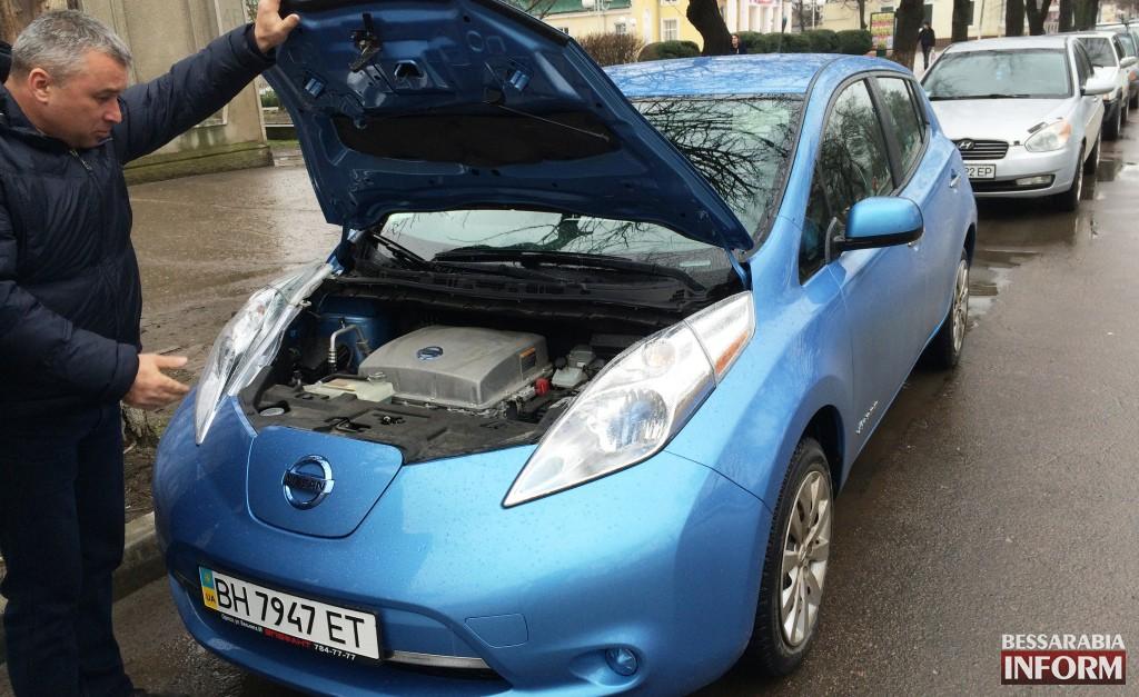 100 км за 4 грн! Вашему вниманию электромобиль - Nissan Leaf. Тестдрайв (фото, видео)