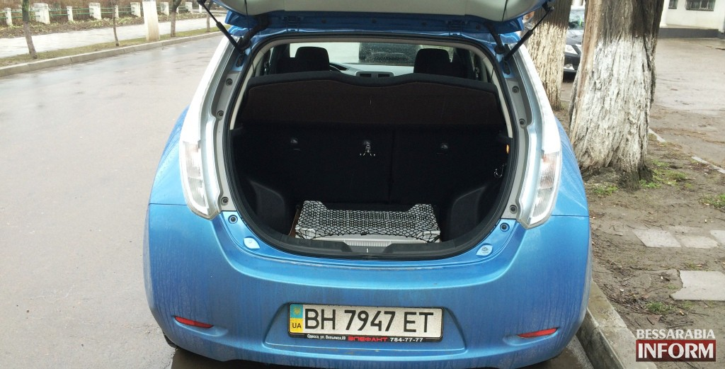 IMG_9824-1024x521 100 км за 4 грн! Вашему вниманию электромобиль - Nissan Leaf. Тестдрайв (фото, видео)