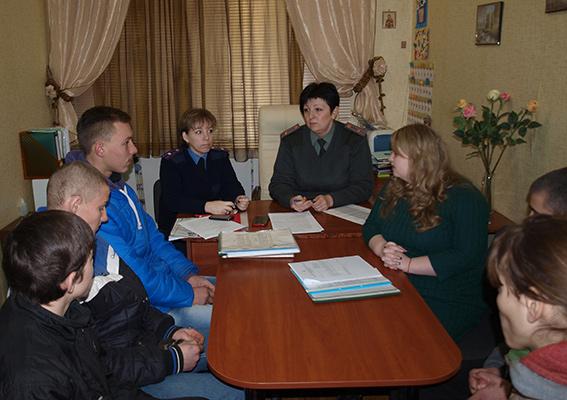 PM873image001 Белгород-Днестровская милиция встрелась с трудными детьми