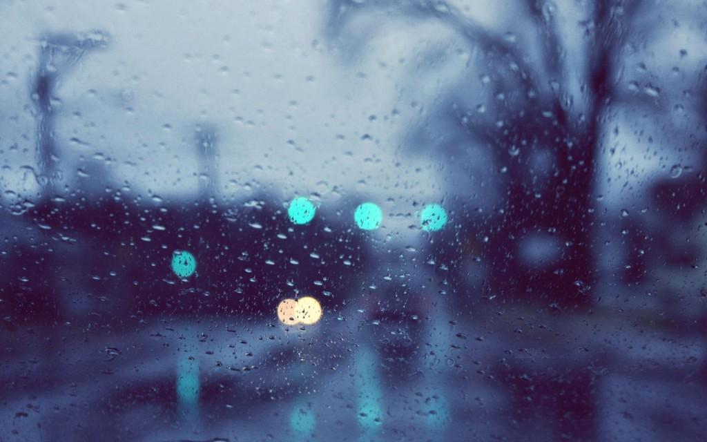 Сегодня и завтра в Украине дождливо и тепло