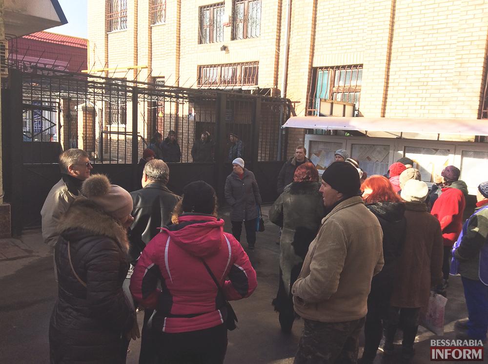 izmailski-runok-bastyet-6 Предприниматели Измаильского рынка протестуют против повышения аренды