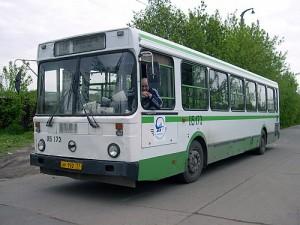 Пассажирский автотранспорт в Рени может остановиться...