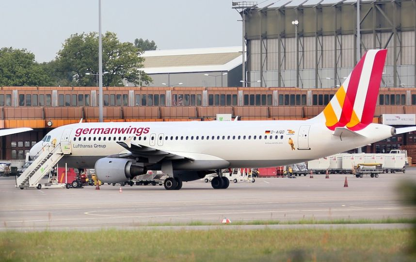 000-par8128815 Крушение самолета в Альпах - осознанный и преднамеренный поступок второго пилота