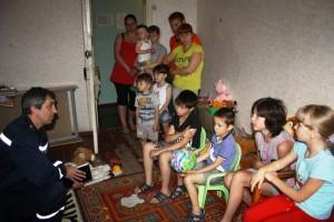 1-спасатели-переселенцы-300x200 Нарушение прав детей переселенцев на лечение в Одесской области