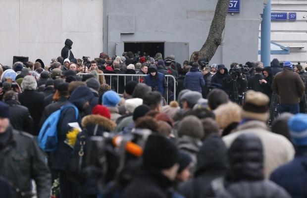 620_400_1425370058-9832 В Москве сегодня попрощались с Борисом Немцовым (фото)