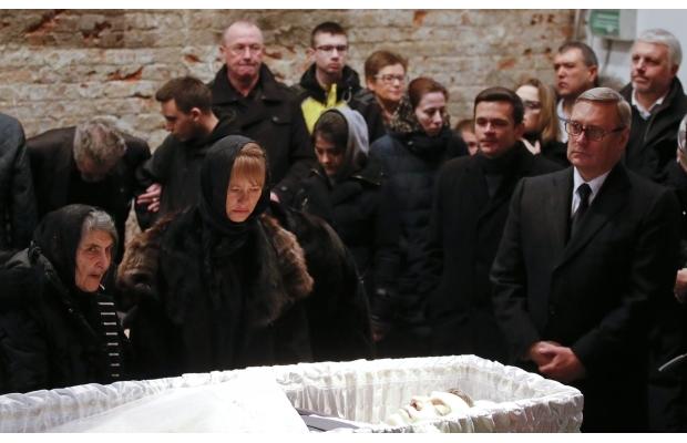 В Москве сегодня попрощались с Борисом Немцовым (фото)