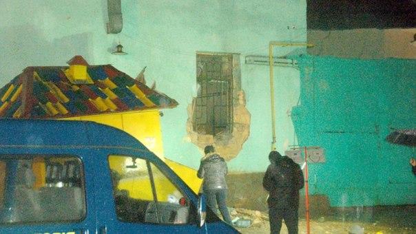 IKnrwq-Chy4 В Одессе взорвали очередной волонтерский центр