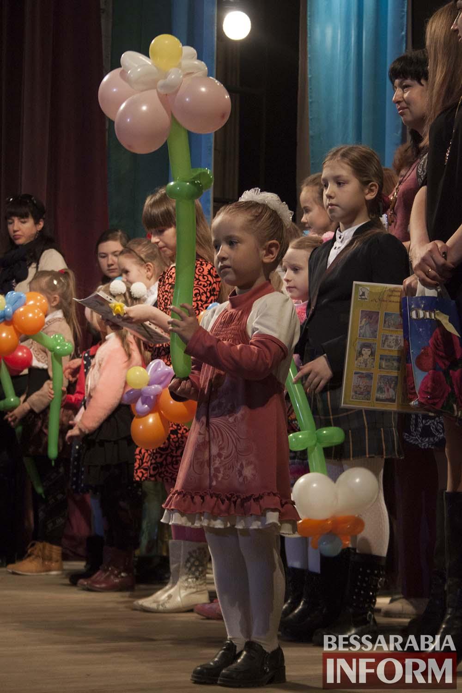 IMG_2372 В Измаиле награждали победителей конкурса «Юные таланты Бессарабии»(фото)